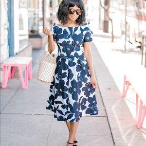 Dresses & Skirts - Vintage Navy Floral Dress